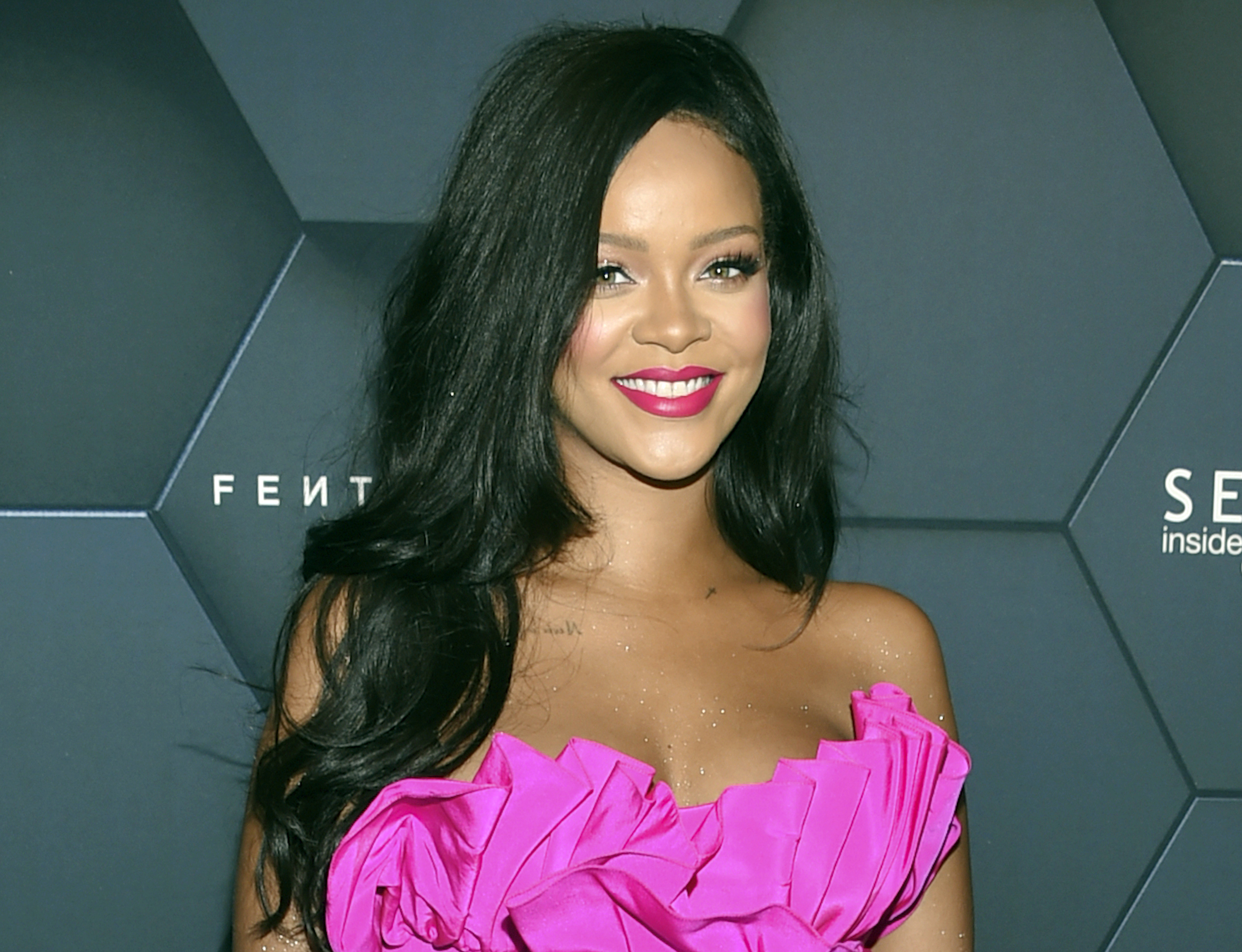 Rihanna Earns More Money Selling Makeup Than Records