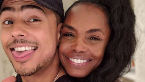 Quincy Brown Is 'Broken' After Losing His Mother Kim Porter