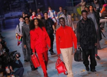 6e0d6778e9f Louis Vuitton Designer Virgil Abloh Pays Tribute To Michael Jackson ...