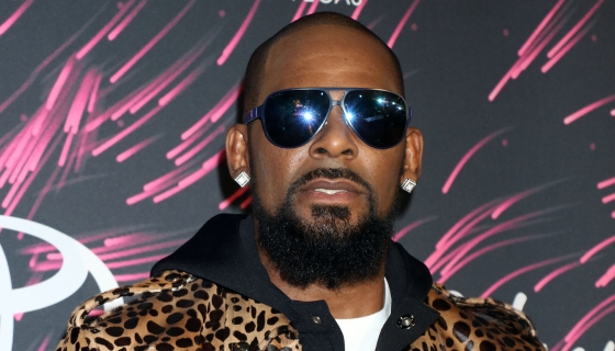 Woman Who Posted R. Kelly's $100k Bond Wants Money Back