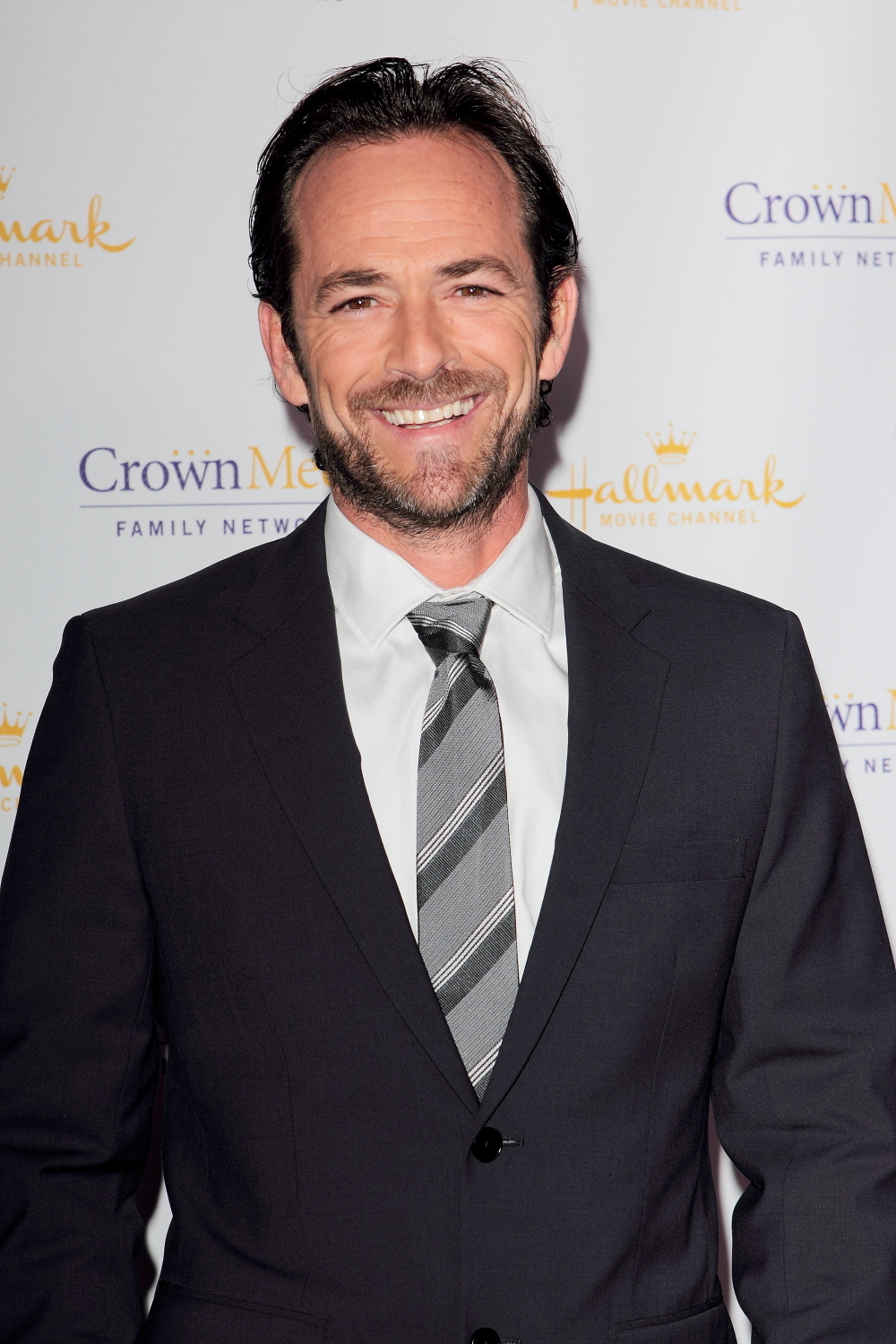 Actor Luke Perry Dead At 52 After Suffering Stroke | Black ...