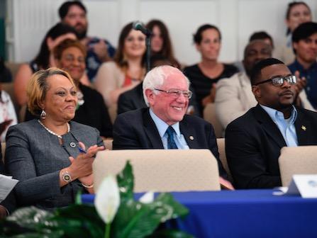 Sanders Gets Endorsements From 7 Black S. Carolina Lawmakers