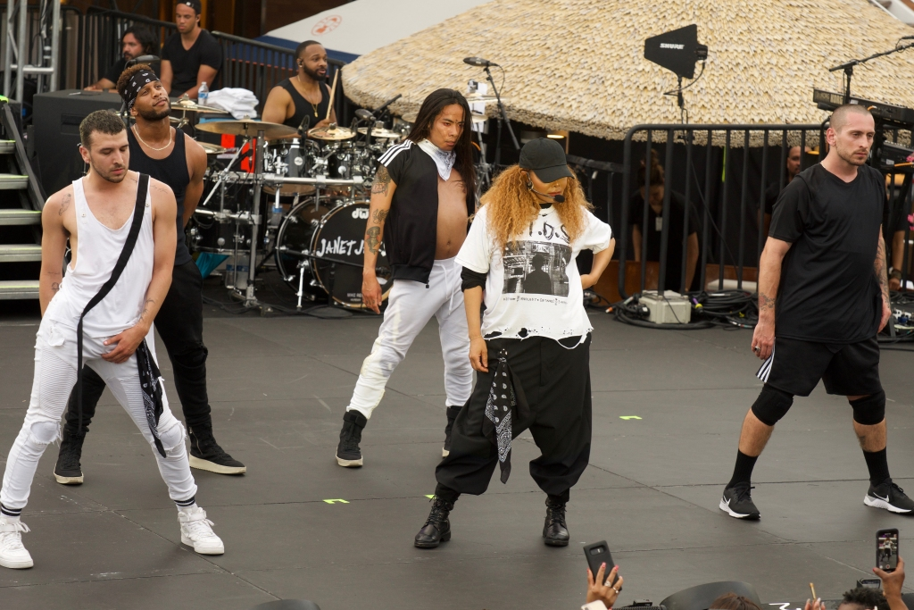 Fantastic Voyage Day 1: Janet Jackson In Control, Late Night