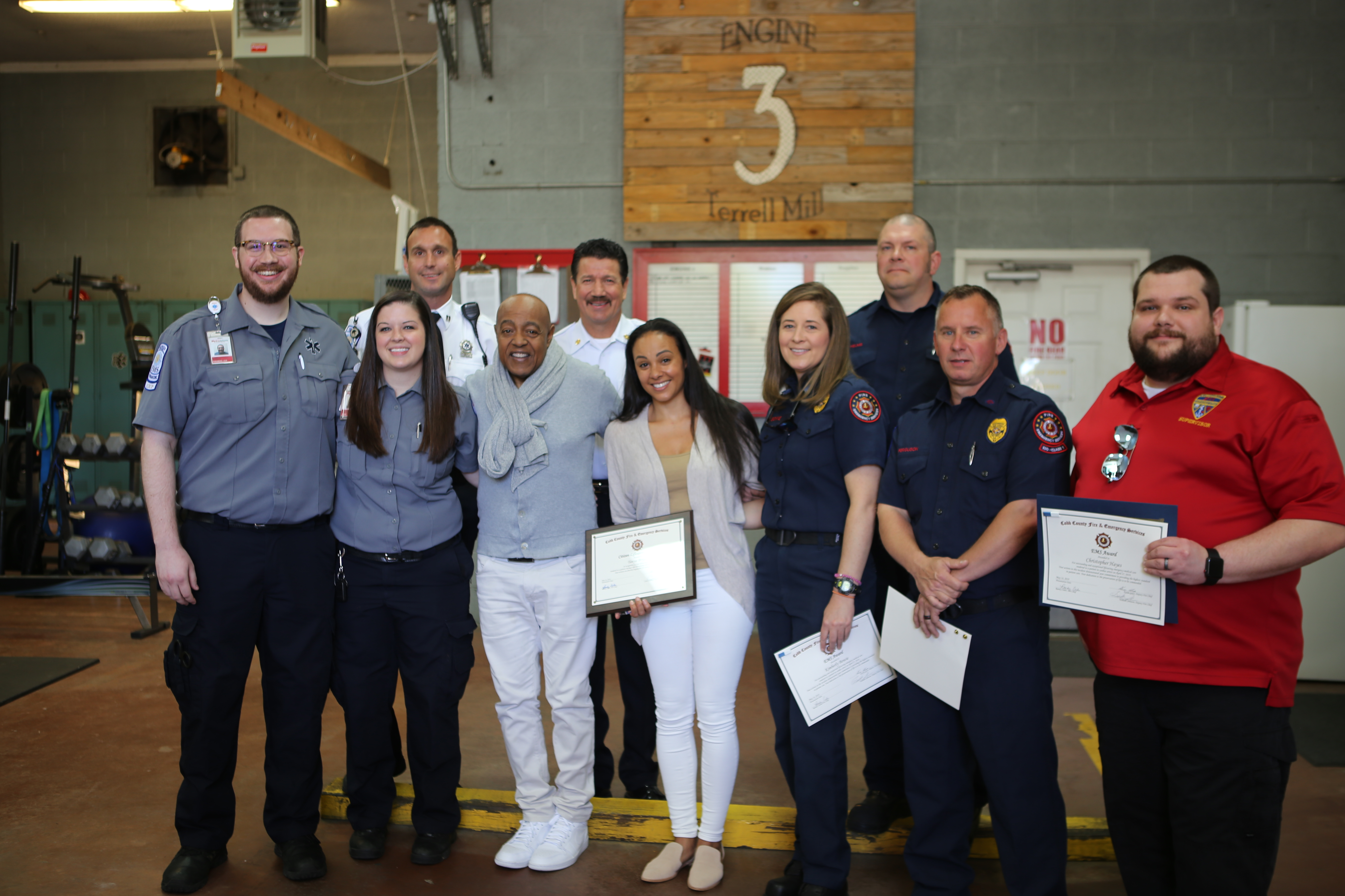 Peabo Bryson And Wife Visit First Responders Who Saved His Life