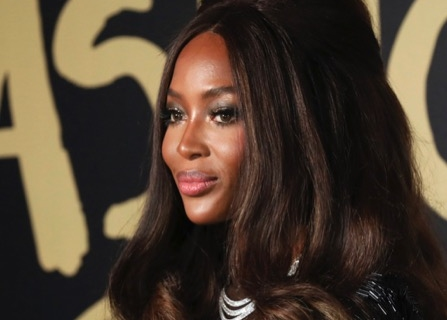 Model Naomi Campbell Takes Spotlight At London Fashion Week [WATCH]