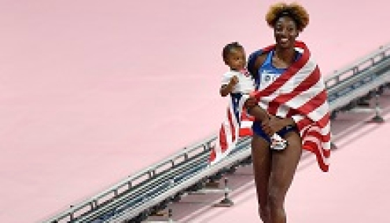 Mother Of 2 Closes Worlds With Hurdles Title
