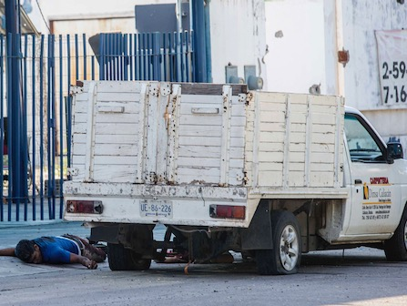 Real-Life 'Narcos'? Gunfight In Sinaloa Leaves 8 Dead In Failed Attempt To Capture El Chapo's Son